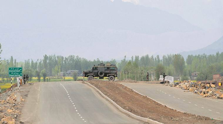 Pulwama aftermath: India SC orders govt to protect Kashmiris, minorities