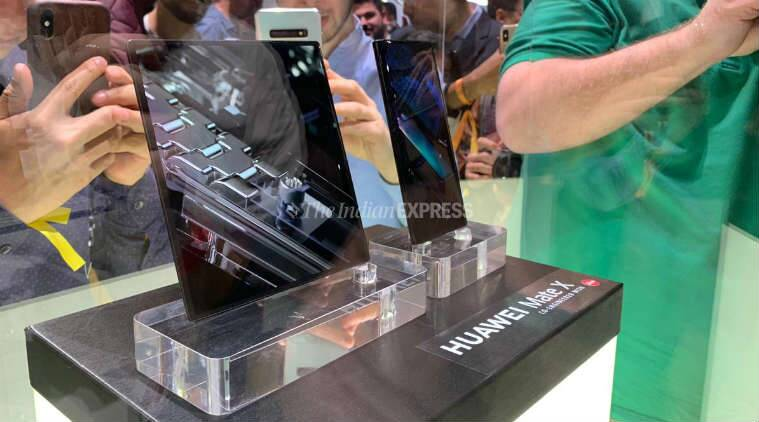 Huawei Mate X first look
