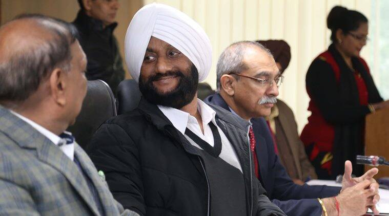 Mohali Mayor drives a Bentley but MC set to buy him a Toyota Crista