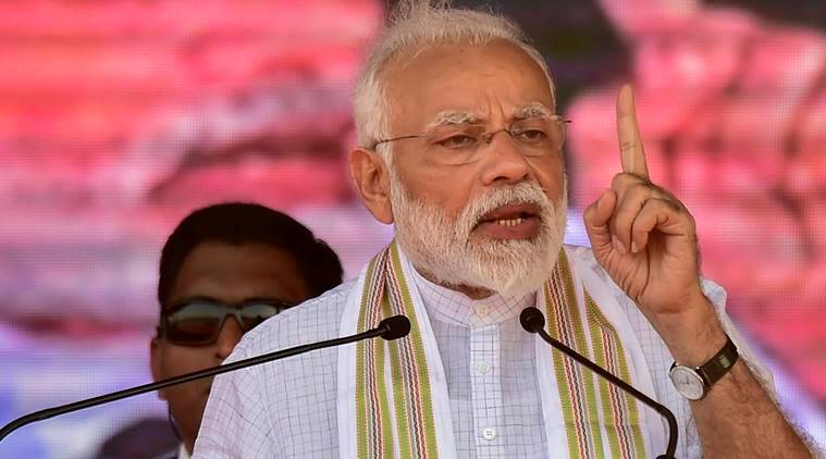 In Karnataka, PM Modi mocks coalition govt, says Kumaraswamy a punching bag