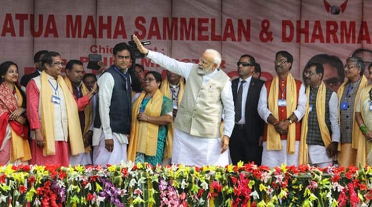 Prime Minister Narendra Modi addresses the crowd in Durgapur on Saturday. (Express photo/Partha Paul)
