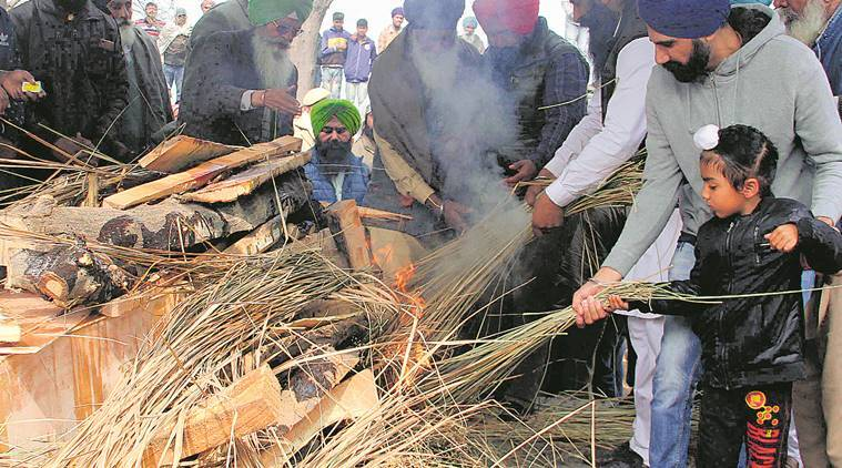 Father injured, is in Jammu: 5-year-old as he lights pyre