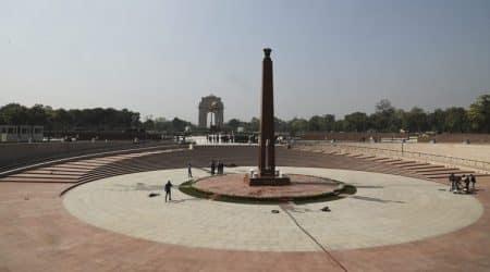national war memorial, narendra modi, amar jawan jyoti, india gate, soldiers, flame, param yodha sthal, param vir chakra, indian independence, delhi news, indian express news