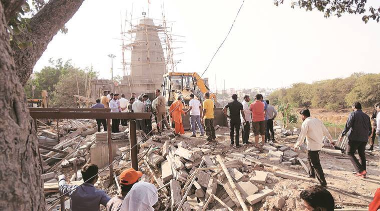 Pimple Gurav: 3 Workers Killed As Stone Slab Collapses At Temple