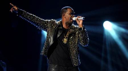 R&B crooner R. Kelly charged with sexually assaulting teenage girls