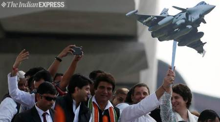 Priyanka Gandhi in Lucknow LIVE:Not resting till Congress comes to power in UP, says Rahul