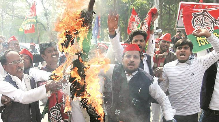 A day after Akhilesh's detention, 296 FIRs lodged against SP workers for violence