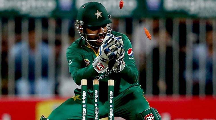 Sarfaraz Ahmed: Pakistan wicketkeeper to stay on as captain after racism ban