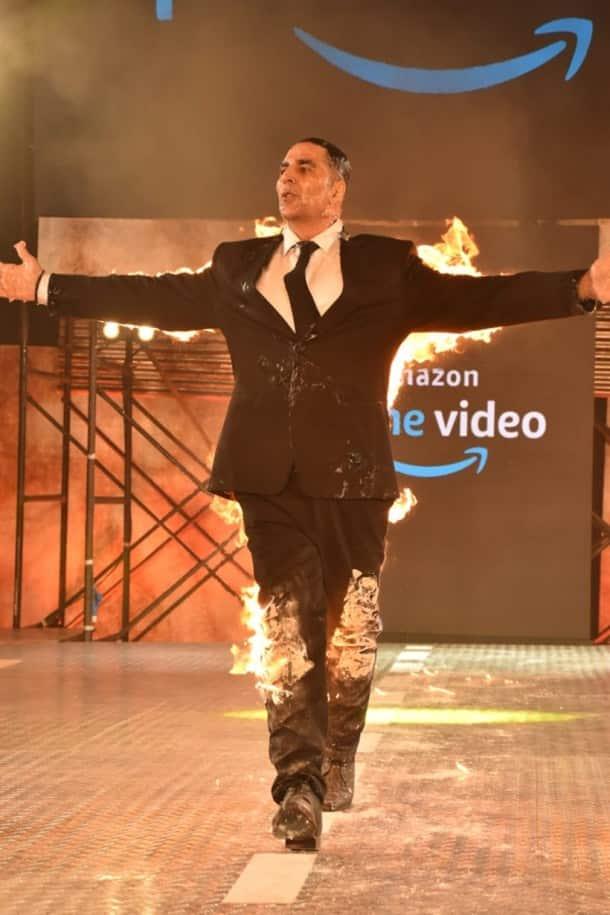 Akshay Kumar announces his digital debut in grand fashion