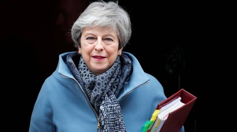 Theresa May to ask lawmakers to vote on second Brexit referendum