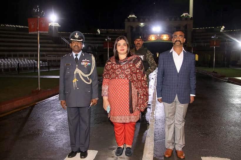 Wing commander Abhinandan returns; first photos