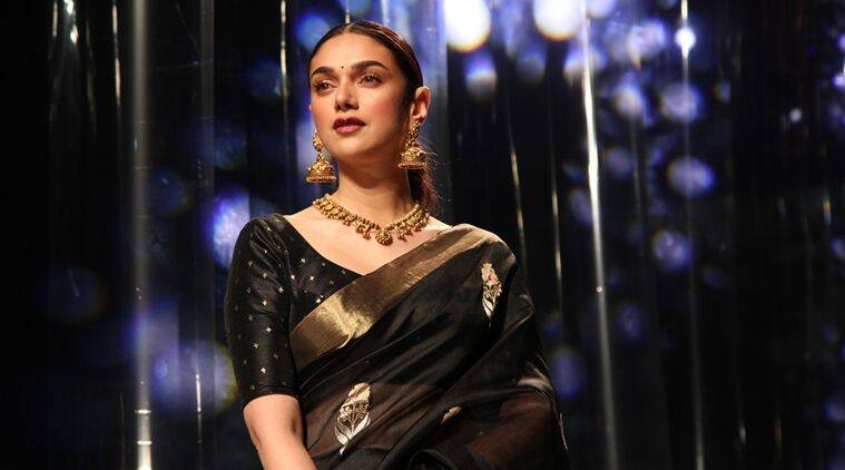 Aditi Rao Hydari, Aditi Rao Hydari photos, Aditi Rao Hydari latest, Aditi Rao Hydari pics, Aditi Rao Hydari sari, Aditi Rao Hydari Lotus Make-Up India Fashion Week, Lotus Make-Up India Fashion Week, Lotus Make-Up India Fashion Week highlights