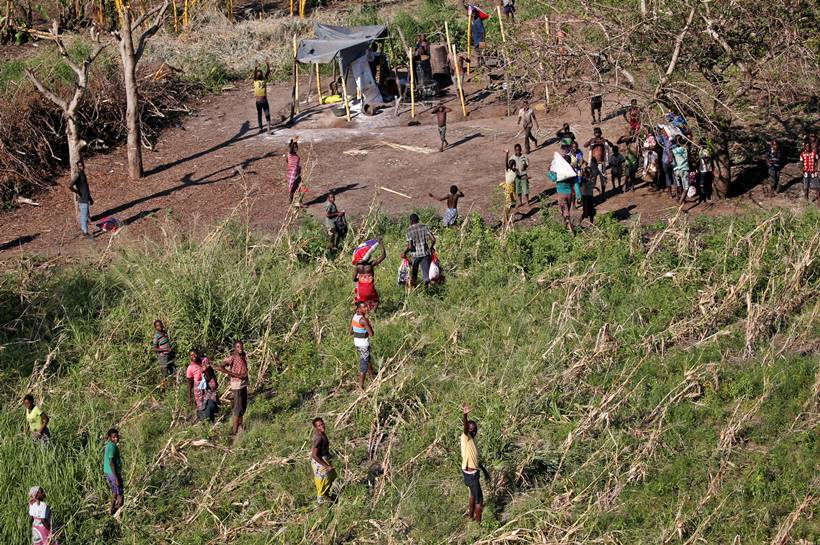 aftermath in photos, cyclone idai, mozambique cyclone, zimbabwe, idai aftermath, cyclone idai aftermath photos, world news, indian express