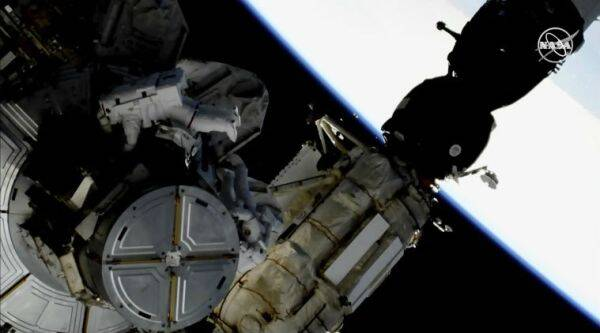 Spacewalk, International Space Station, ISS, NASA Spacewalk, NASA astronauts spacewalk, Earth, Anne McClain, Nick Hague