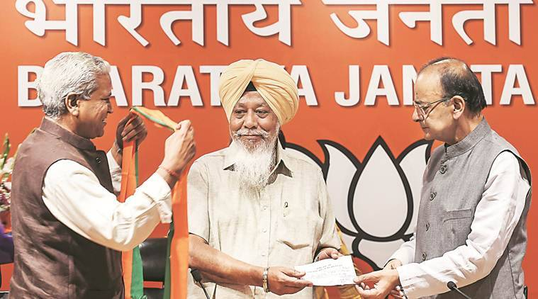 Suspended by AAP in 2015, Fatehgarh Sahib MP joins BJP in Delhi