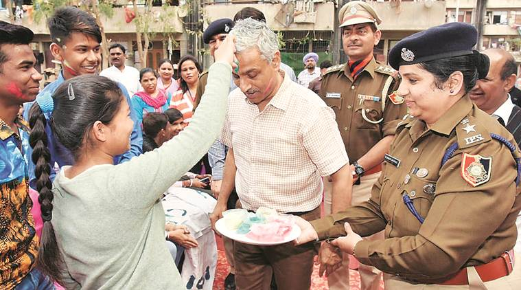 Chandigarh: SSP speaks to school students about going organic this festival