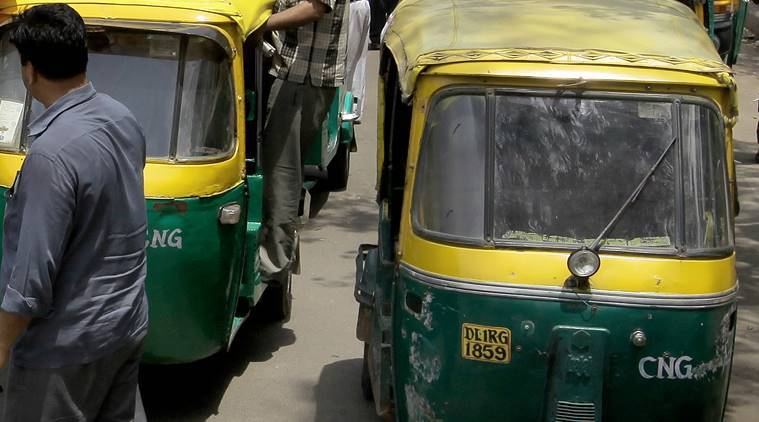 Delhi: Cleaning windshield, auto driver loses control, three passengers dead
