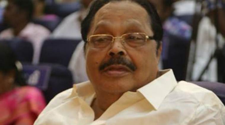 duraimurugan, it raids in vellore, incme tax raid, duraimurugan raided, 2019 lok sabha elections, Tamil Nadu, Indian express