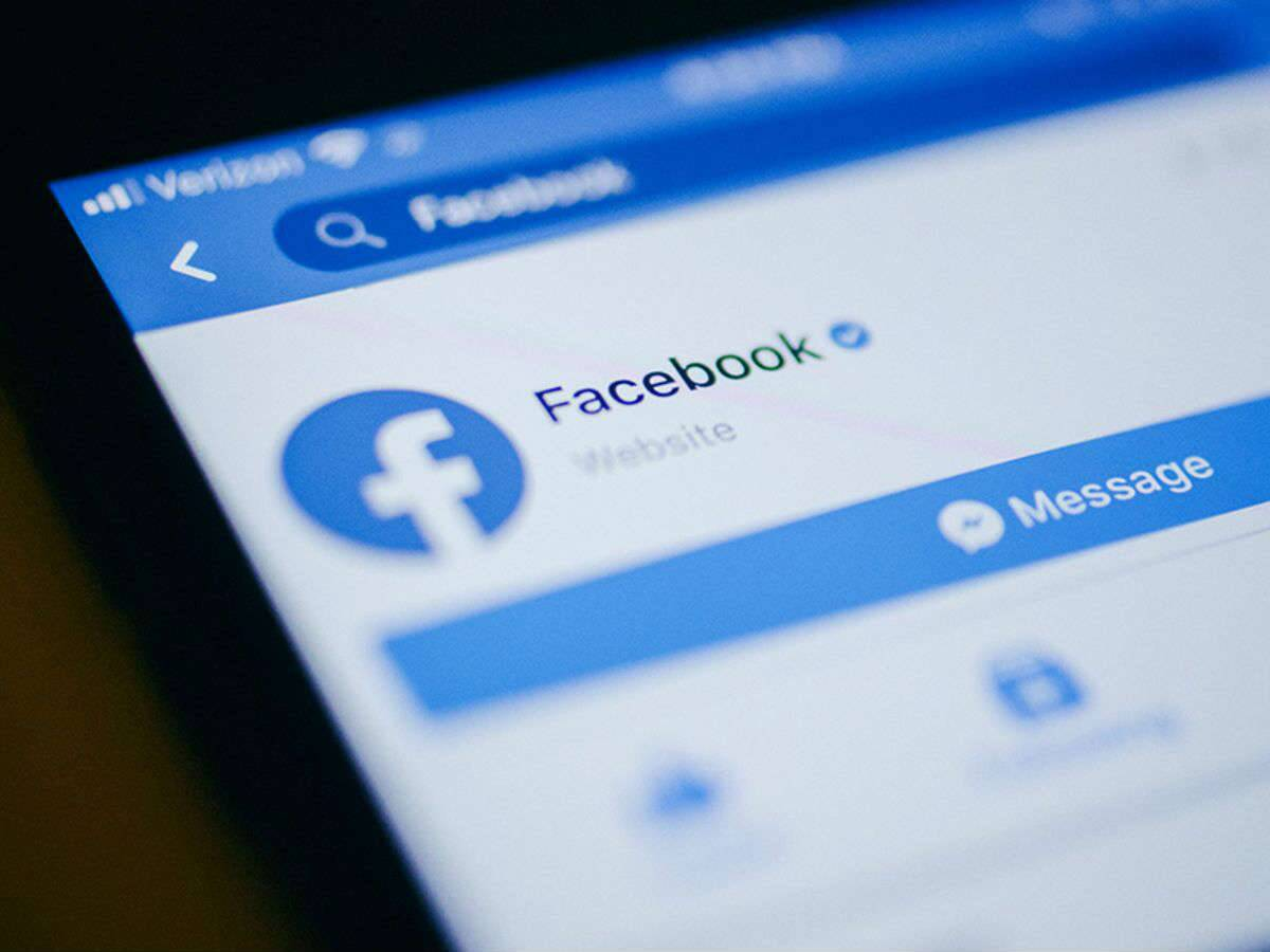 Facebook ties up with Indian music labels