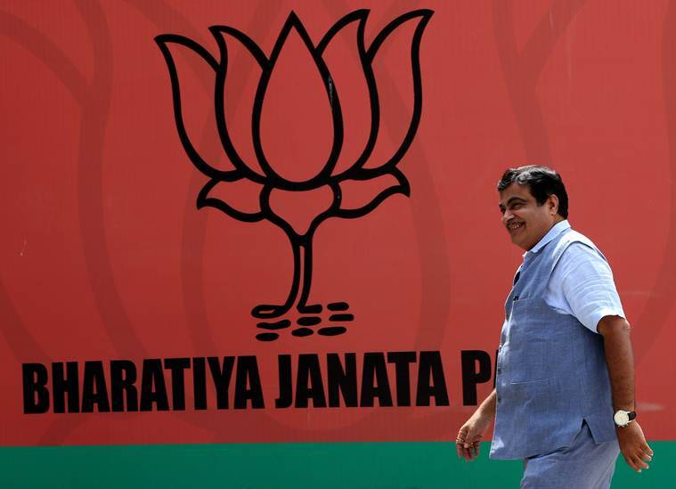 In a democracy, there can be matbhed, not manbhed: Gadkari