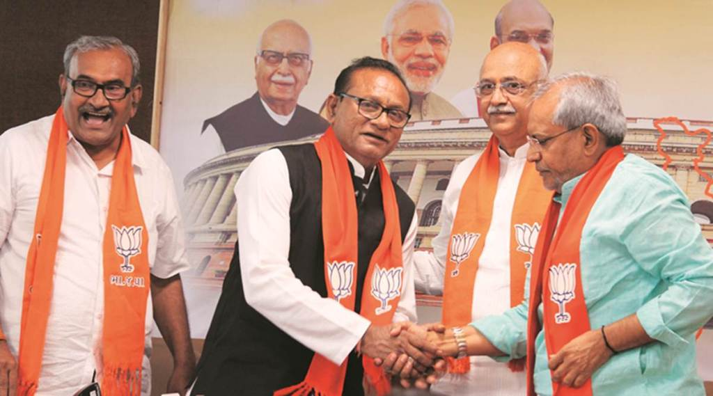 Gujarat: With Patidars drifting away, BJP woos OBC votes; five Congress MLAs in its camp
