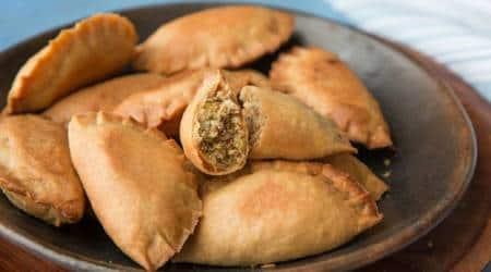 holi gujiya recipe