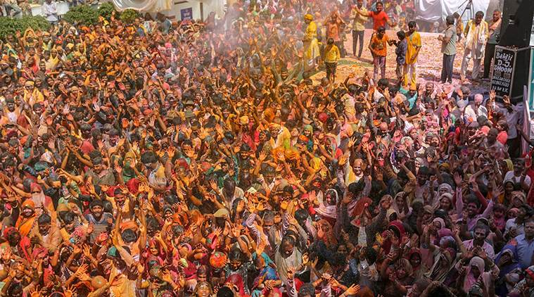 Holi, Holi celebrations, Holi celebrations in pune, holi news, Pune holi, holi in pune, holi pune, holi celebrations, indian express