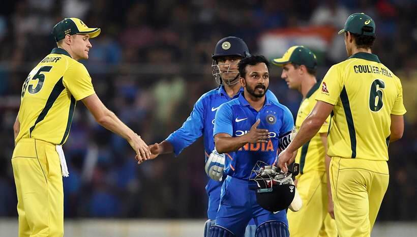 India vs Australia 1st ODI: MS Dhoni, Kedar Jadhav and bowlers star in India's 6-wicket win