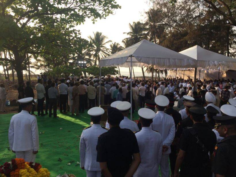 manohar parrikar, manohar parrikar death, manohar parrikar final journey photos, manohar parrikar news, manohar parrikar death news, goa news, goa cm, goa cm news, manohar parrikar funeral, manohar parrikar funeral news, manohar parrikar latest news, goa cm manohar parrikar funeral, manohar parrikar today news, goa latest news, india news, indian express