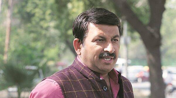 Court admits defamation case against Manoj Tiwari for calling attack on Kejriwal 'staged'