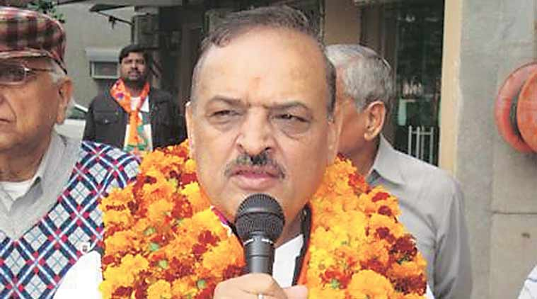 Will remove Abhinandan post but EC has double standards, says OP Sharma