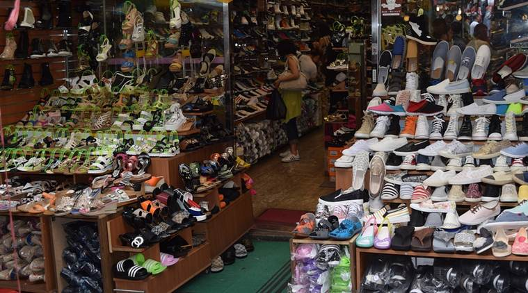 Telling Numbers: Shoes and clothes make up bulk of world trade in
