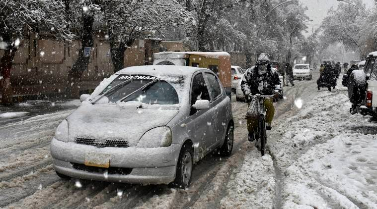 Pakistan, snowfall, balochistan, snowfall in pakistan, snowfall in balochistan, baloschistan snowfall, snowfall in quetta, quetta snowfall, people killed in snowfall, pakistan weather, pakistan winter, Pakistan news, indian express
