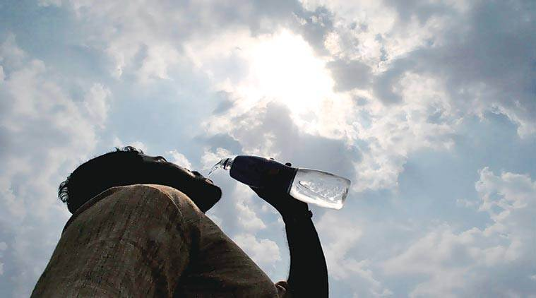 heat wave, heat wave in india, india summers, heat wave, heat wave conditions, india meteorological department, imd, temperature, maximum temperature, temperature today, indian express news