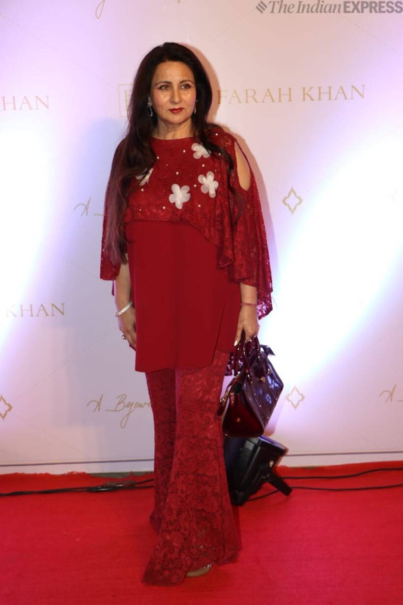Poonam Dhillon at Farah Ali Khan book launch