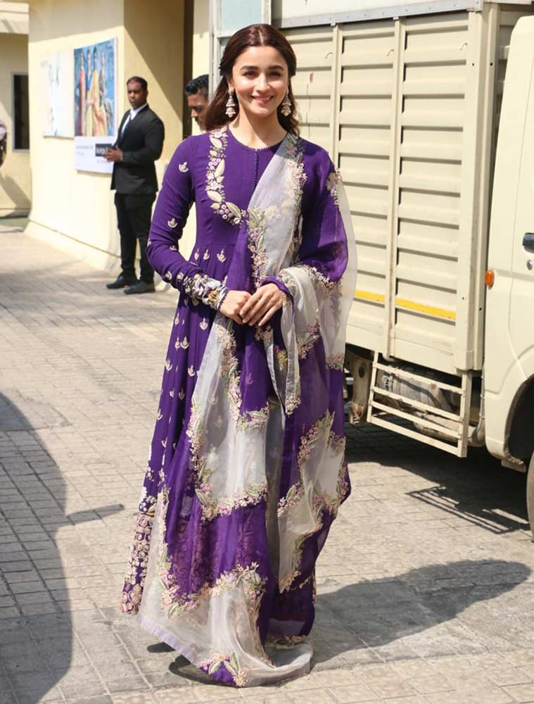 alia bhatt, sonakshi sinha, Waheeda Rehman, shilpa shetty, madhuri dixit, ethnic look, ethnic fashion, designer, Sabyasachi Mukherjee, celebrity fashion, celeb fashion, indian express, indian express news