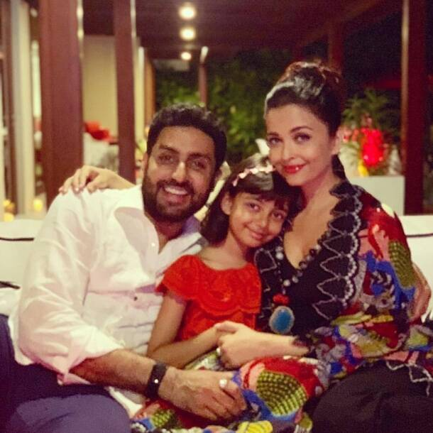 aaradhya bachchan with abhishek and aishwarya