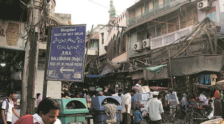 Street Wise: Ballimaran, once home to Ghalib, shallow waters and bamboo poles