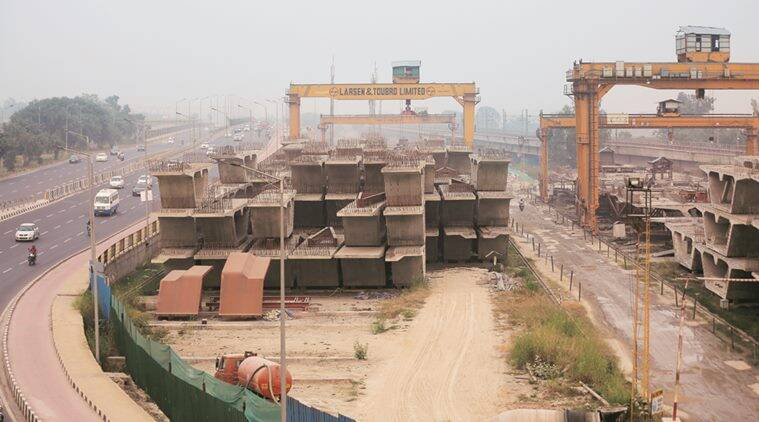 Delhi HC asks: Construction stopped, workers not given funds, why?