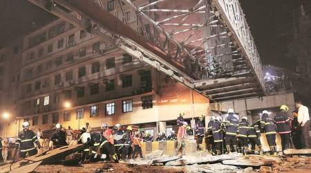 'failed to interpret' preliminary report CSMT FOB collapse: BMC owns up to its engineers' negligence