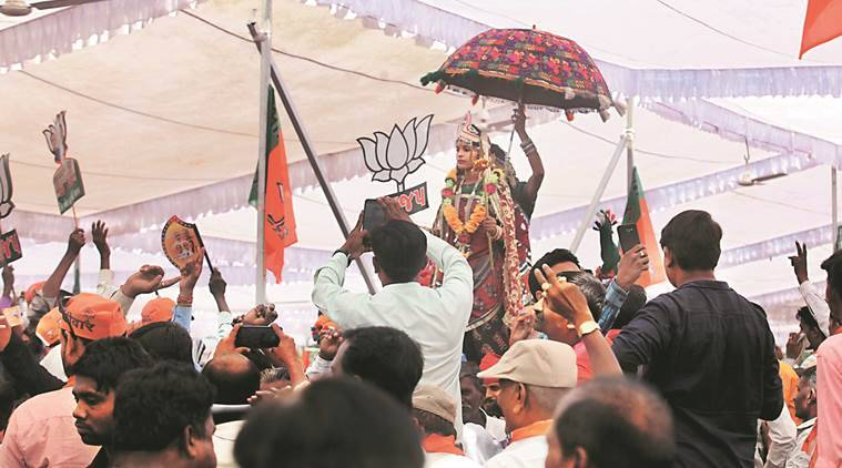 lok sabha elections, lok sabha election 2019, lok sabha polls, gujarat elections, elections in gujarat, ahmedabad, narendra modi, bjp, amit shah, vijay rupani, poll dancers, indian express news