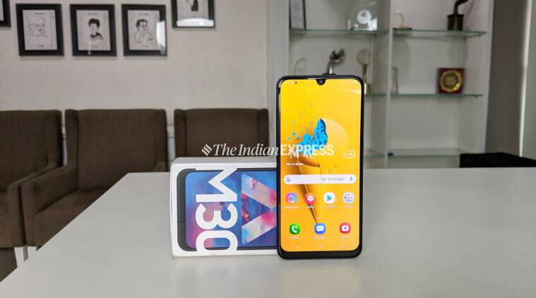 fast charging smartphones, fast charging smartphones in india, fast charging smartphones under 15000, fast charging smartphones under 15000 in india, fast charging smartphones under 15000 2019, big battery smartphones in india, big battery smartphones under 15000, big battery smartphones in india under 15000, big battery smartphones under 15000 in india, big battery smartphone 2019, best smartphones under 15000, Asus Zenfone Max Pro M2, Samsung Galaxy M30, Redmi Note 7 Pro, Honor Play, Moto G7 Power
