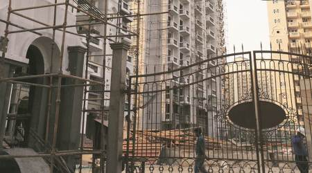 Greater Noida: Probe ordered into labourers' death after fall from building