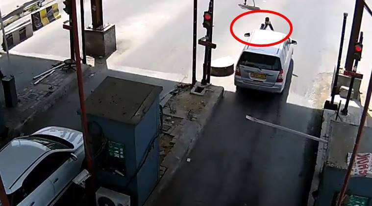 Watch: Man tries to run over Gurgaon toll plaza employee after avoiding tax