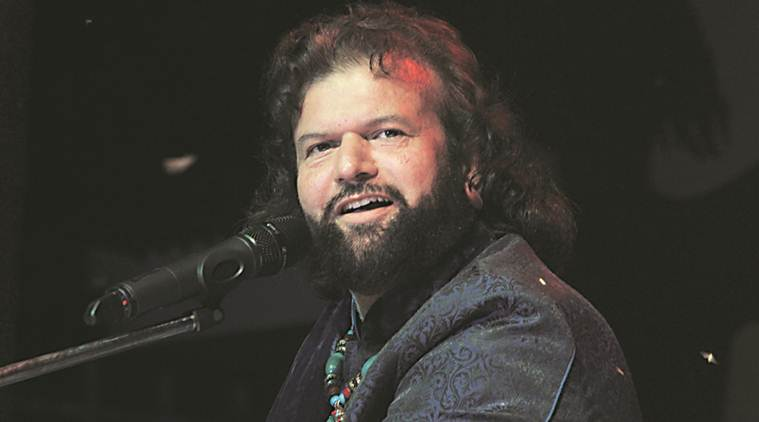 Delhi HC seeks response of BJP MP Hans Raj Hans on plea challenging his election to Lok Sabha