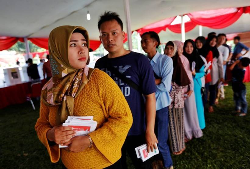 Voting closes in Indonesia's giant one-day election