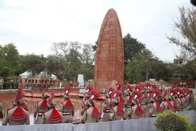 jallianwala bagh massacre, jallianwala bagh, jallianwala bagh massacre 100 years, jallianwala bagh 100 years, jallianwala bagh anniversary, jallianwala bagh 13 april, jallianwala bagh massacre 13 april, jallianwala bagh anniversary live, jallianwala bagh 100th anniversary jallianwala bagh hatyakand, jallianwala bagh story, jallianwala bagh date