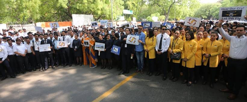 jet airways, jet airways operations, jet airways temporary suspend, jet airways employees, jet airways protest, jet airways sbi, jet airways banks, jet airways employees protest, jet airways bidding, jet airways dgca, indian express news