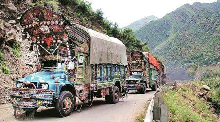 india-pakistan LoC trade ban, LoC trade ban, jammu and kashmir, J-K police, india imposes LoC trade ban,
