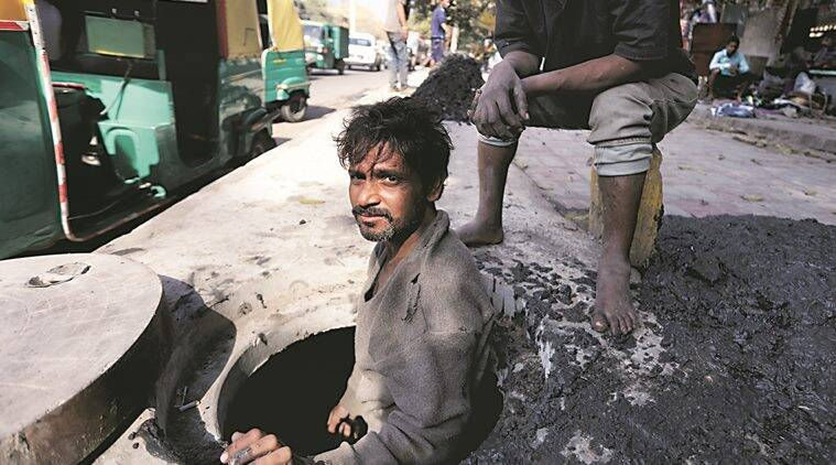 manual scavenging, sewer cleaning machines, manual scavenging in india, delhi high court, manual scavengers, manual scavenging dlehi, Arvind Kejriwal, delhi sewer cleaning drive, delhi news